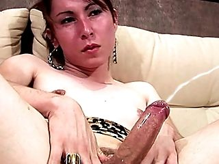 Dribbling Honey Makes Her Thick Shemale Manmeat Gloppy And Sweet