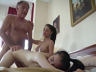 Threesome With Raw Nubile Slit Fucked Hard