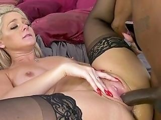Very First Time For Wifey When She Gets Dual Fucked