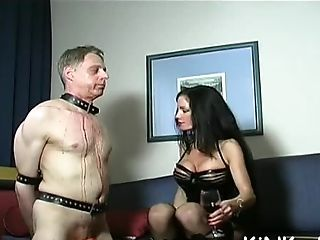Domina Rails Naked Sub