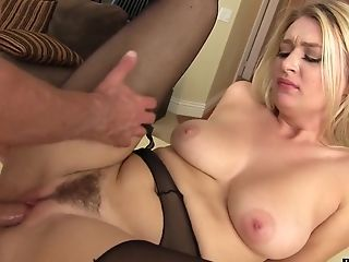 Sultry Grind Lady Natalia Starr Wanna Get Her Snatch Polished Hard