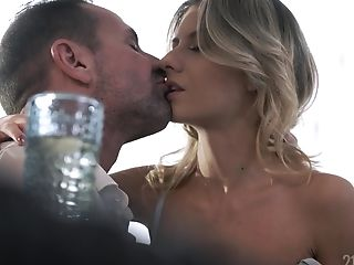 Gorgeous Italian Honey Rebecca Volpetti Is Making Love With Her Fresh Bf