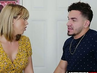 Pervy Light Haired Amber Chase Makes An Impression Dude With Bj And Rails Dick