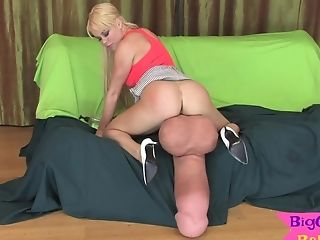 Blonde Honey Tugs Gigantic Strap On Dildo Woo