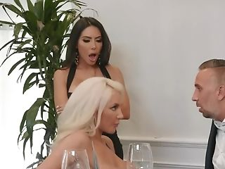 Hot Pretty Dark-haired And Blonde Suck And Fuck Together