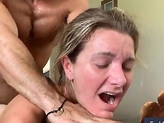 Muscular Dude Toughly Getting Laid His Wifee