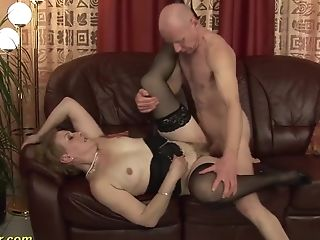 Horny Hairy Thicket Mom In Sexy Nylon Stockings Gets Rough Doggystyle Big Spear Fucked By Her Toyboy