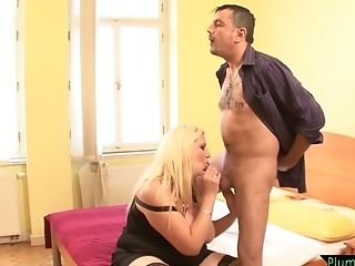 Fat Bulky Chick Fucks In Switch Roles Cowgirl