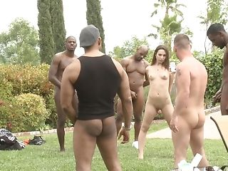Nasty Honey Amber Rayne Wants To Fuck With More Guys Outdoors