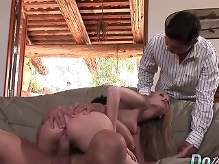 Blonde Wifey Aimee Addison Holds Cuckolds Palm While Her Cooter Gets Pounded