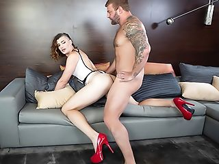 Transsexual Model Allysa + Teacher-dom: Bj & Ass-fuck