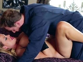 After She Shows Her Massive Bosoms Kelly Madison Gets Her Cooch Banged