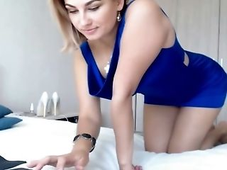 Hot And Sexy Honey Fingerblasting Cooter On Web Cam
