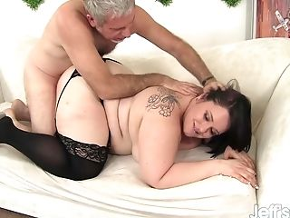 Gorgeous Plus-size Alexxxis Allure Gets Her Obese Vulva Drilled In Doggystyle