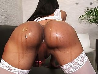 Eloisa Lyron Is A Hot Tranny With A Faux Butt Who Appreciates A Nice Fuck