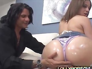Tia Sweets Wants To Please A Friend By Fucking With Him