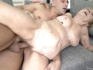 Old And Youthful Hump With Gross Granny - Gilf Gets Jizz Flow