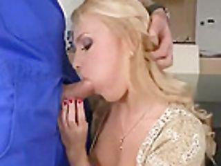 Gorgeous Towheaded Teenage Whore Ivana Sugar Providing A Beautiful Bj