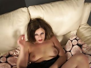Stunner With Delicious Lips Anna Joy Gives Best Ever Oral Job On A Point Of View Camera
