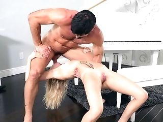Amazing Orgy Act On The Piano Of Blonde Tootsie And Big Man