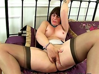Scottish Cougar Toni Lace Takes Care Of Her Thirsty Puss