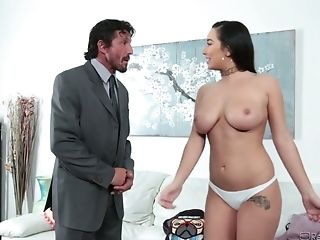 Bearded Neighbor Runs Into Sexy Huge-chested Cutie Karlee Grey And Gets Bj At Once