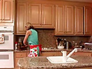 Kitchen Hard-core Fucking For Nikki Sexx