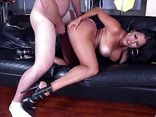 Curvy Diamond Kitty Loves It When The Man Bangs Her From All Angles