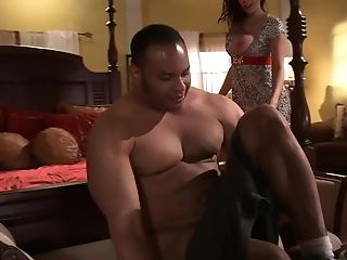 Horny Dude Eventually Spoke Gianna Michaels Into Pleasing His Dick