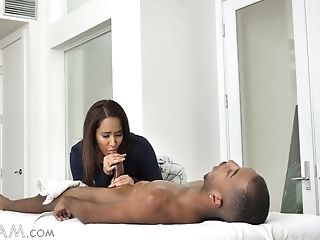 Gorgeous Milky Masseuse Isis Love Gets Her Mouth And Cootchie Blacked