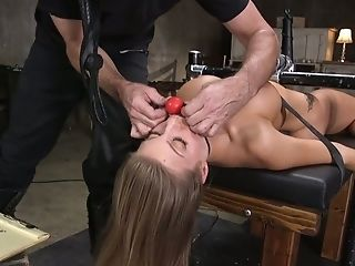 That's What We Call A Hot Sadism & Masochism Session And Britney Amber Is One Hot Bitch