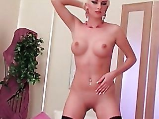 Yyoung busty blondes porn